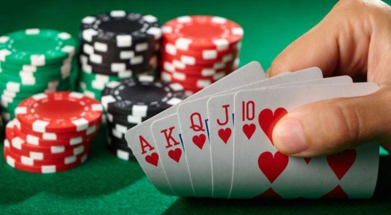 Tips Bermain Flop di Poker Online
